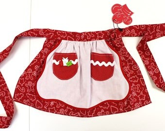Kid's Apron: Little Girl's Apron Red and White Christmas. Available sizes  3/4, 7/8