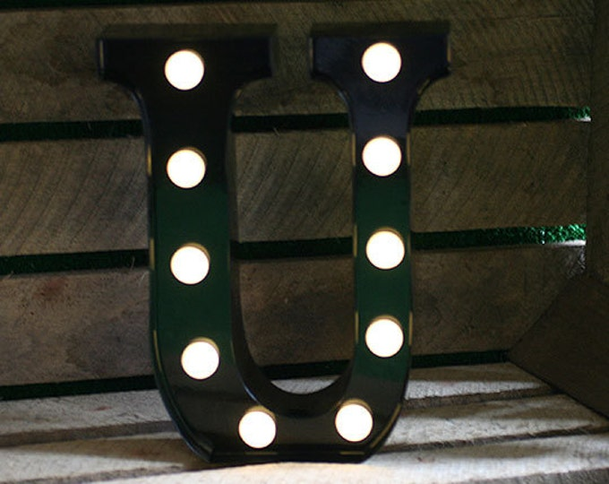 Vintage Carnival Style Marquee Light, Light up Letter U - Battery Operated/Various Colours - Perfect Night Light/Gift/Wedding Decor