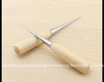 Awl, Bradawl, Needle Felting Awl, Needle Felting Bradawl, Wooden Handle Awl, Needle Felting Tool, Wood Handle Awl length: 12cm