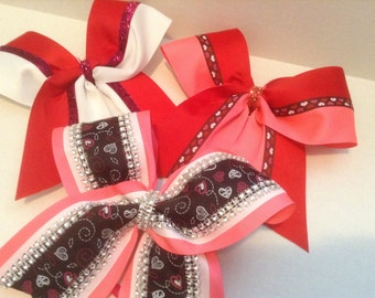 Valentines cheer bows lot(3)