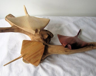 Stingray / Manta Ray sculpture - Hand carved wood sculpture / ornament