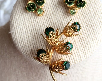 Lovely Vintage Emerald Green Demi Parure Delicate Brooch & Earrings.  Nice open filigree work in a gold tone setting
