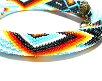 Beaded rope Crochet beaded rope Geometric pattern Colored necklace