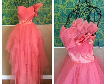 SALE - Vintage 1950s Dress - Pink Tulle Cupcake Dress with Roses - S
