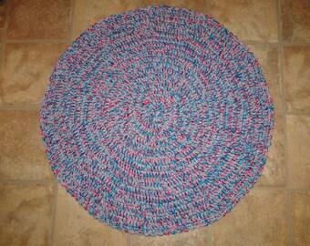 Taffy round rug