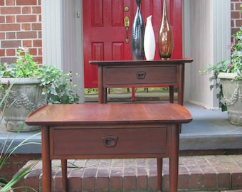 Pair of Mid Century Modern End Tables by Bassett Furniture Ind