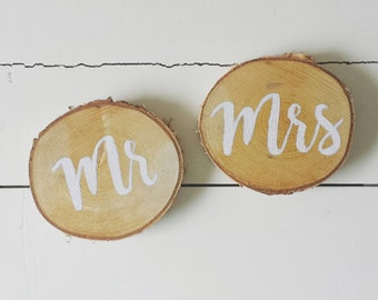 Mr. and Mrs. sign on woodslices