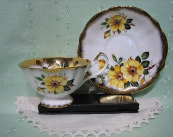 QUEEN ANNE TEACUP & Saucer - Wild Yellow Roses,  c.1950's