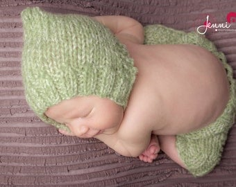 Pixie hat, newborn, many colors available, made to order
