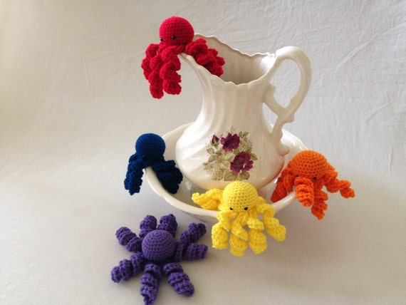 Octopus Amigurumi Plush : Crochet Octopus Amigurumi Plushie Stuffed Red by ...