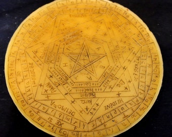 Sigil Dei Aemeth - Enochian Magic Disk - John Dee & Edward Kelly