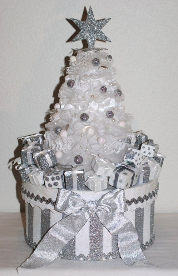 """Beautiful CHRISTMAS """"One of a Kind"""" All Lace Christmas Tree """"GIFT BOX/Memory Box/Decoration"""" Sparkly and Festive"""