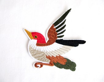 Bird Patch/ Sew On/  Bird Embroidered Patch/ Animal patch / Bird Applique/DIY Craft/Costume Embellishment