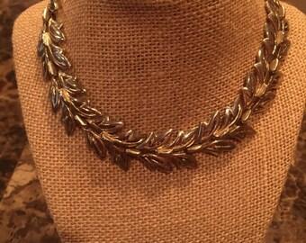 """Vintage costume silver leaf link 16"""" ajustable length"""