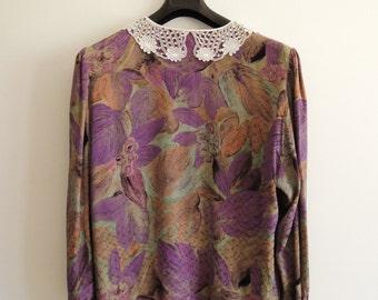 Vintage Women's Long Sleeve Blouse/ Vintage Lace Collar Colorfull Shirt