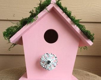 Shabby cottage birdhouse
