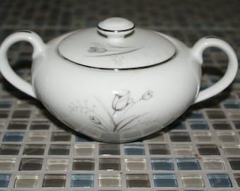 Creative Royal Elegance Sugar Bowl with Lid