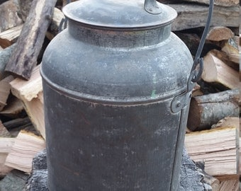 Milk Can with handle in very good condition