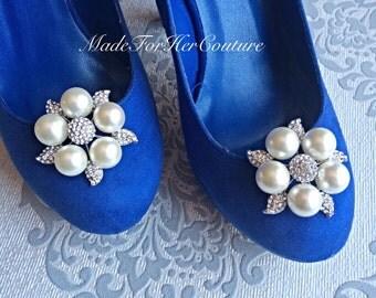 Shoe clips, wedding shoe clips, shoe clip ons, shoe clips bridal, wedding flower shoe clips, bridal shoe clips, pearl shoe clips, accessory