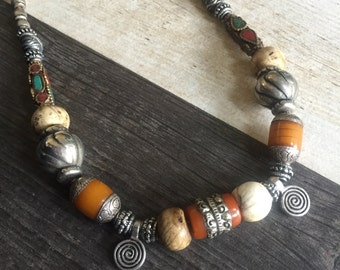 Big chunky necklace, big beaded necklace, earthy chunky necklace, earthy beaded necklace, big chunky beaded necklace