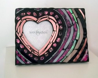 Heart Shaped Picture Frame - Pink and Black