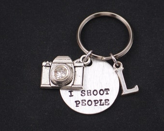 I Shoot People hand stamped keychain keyring with camera charm, personalized initial charm, silver photographer keychain, photographer gift