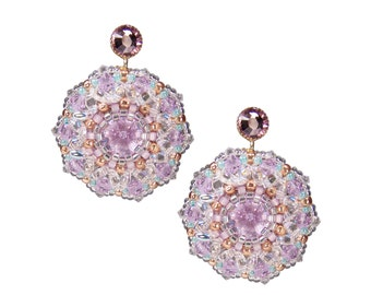 Earring with beads in pastel