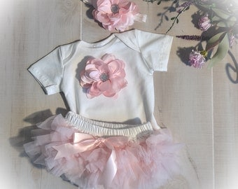 Baby Girl Outfit, Baby Girl Tutu Bloomer, Victorian Baby, Baby Girl Photo Outfit
