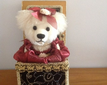 Teddy music box