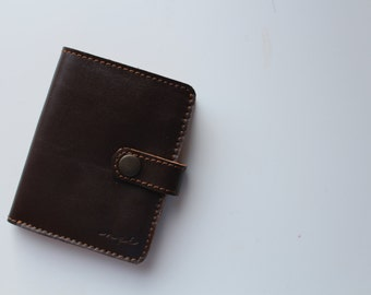 KITI Wallet in BROWN