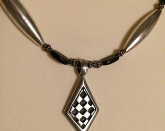 Queen of diamonds necklace set