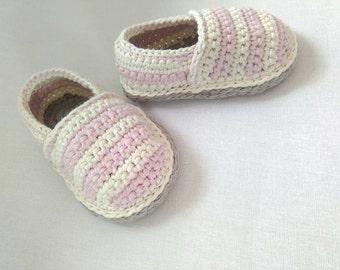 Crochet baby shoes, baby espadrilles, crochet booties, girls shoes, gift for baby