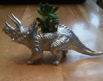 Dinosaur Planter (with plant)