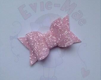 Evie-Mae Teeny Tiny Bow