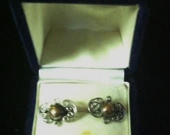 Vintage Sterling Silver Screw Back Taxco Earrings Marked 980 JMD Guez