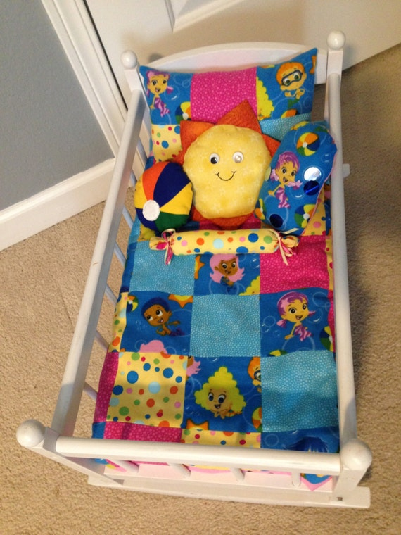 Bubble Guppies Doll Blanket And 5 Pillow Set