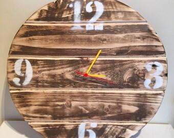 Pallet wood clock