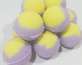Passion Fruit Nectarine Bath Bomb