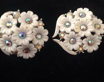 1950's Rhinestone & Plastic Floral Earrings
