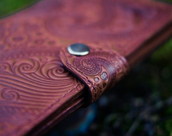 Brown wallet. Paisley wallet. Leather wallet. Leather paisley wallet. Leather navy wallet. iPhone cover. Smartphone cover.