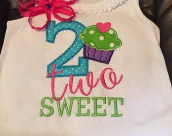 Second birthday dress, two sweet dress, birthday, 2nd birthday, baby dress, 2 cupcake dress, cupcake birthday, cupcake second birthday