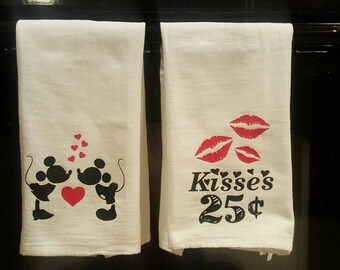 Mickey and Minnie Valentines Day Kitchen Towel Set