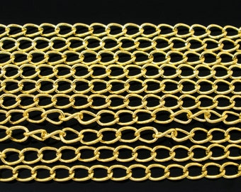 1 Metre Gold Plated Curb Chain - Link Size 5.5 x 3.5mm J05731