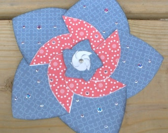 Red and Blue Folding Flower Greeting Card