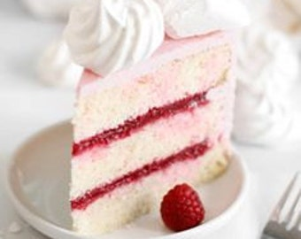 Raspberry Cream Cake (Clam Shell)