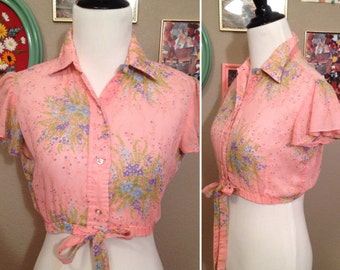 1970's Stuffed Shirt pin up  light pink flutter sleeved collared country western  crop top/ size small