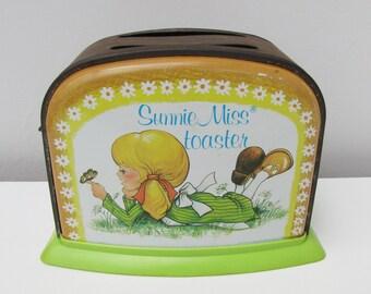 Vintage Sunnie Miss Tin Toy Toaster Ohio Toy Company 1960s USA Kitsch Retro