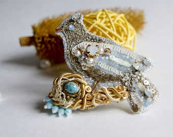 "Brooch ""bird's nest"", embroidered brooch, bird,  gift for her"