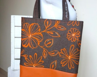 hand-sewn and painted purse brown/orange handmande
