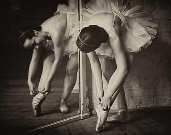 Ballerina vintage photo ballet dancer-PRINT, poster 1920s 1930s
